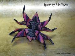 Spider by P.D. Tuyen (esli24) Tags: origamispider pdtuyen ilsez esli24 berlnerkner origami origamiinsect papierfalten origamispinne origamiinsekt
