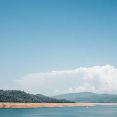 Day 671 [4/21/15]: Lake Oroville (Buuck Photography) Tags: california blue usa cloud foothills mountains square photography boat sailing dailypic low peak reservoir ring drought dwr dailyphoto cumulonimbus photooftheday oroville swp waterlevel 2015 buttecounty thundercloud statewaterproject project365 lakeoroville staterecreationarea photoadaychallenge departmentofwaterresources vsco vscofilm buuckphotos buuckphotography april2015 2015highlevel
