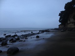 Wild and wet at twilight (r0d0r) Tags: beach weather auckland