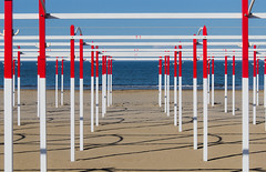 riccione 2016 (giobbe pablito) Tags: italy abstract beach colors out shadows patterns minimal riccione paling 2016 standind
