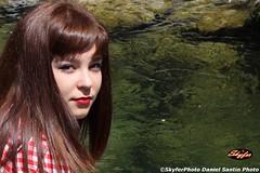 Keira (SkyferPhoto) Tags: acqua pinup primopiano ragazza capellicastani