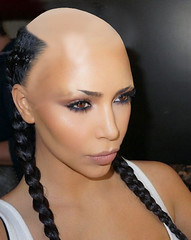 1455876123 (marisabuffagni) Tags: cute kim bare smooth shaved bald pomo cropped buzzed zero clipper jovanka scalp macchinetta liscia calva rasata tosata kardashian pelata rapata