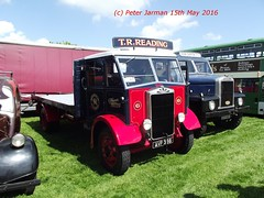 AVP 366 (Peter Jarman 43119) Tags: vintage rally hills vehicle chiltern 2016