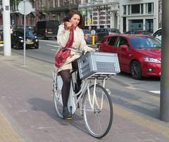 Amsterdam De Pijp Stadhouderskade white bike (GeRiviera) Tags: street holland netherlands girl dutch amsterdam bike bicycle de candid nederland fiets zuid noordholland pijp stadhouderskade straat fahrad
