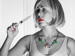 Countdown-Botox Club (Sisqu Tena) Tags: girl azul necklace nikon collar botox