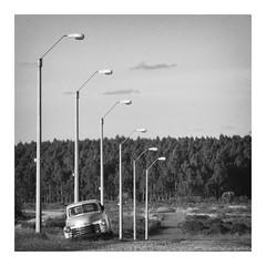 End of the road (eduardo.mazzeo) Tags: oldcar road lamp bw blanconegro monochrome monocromo