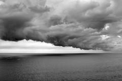 Nubarrones (ccc.39) Tags: bw seascape byn mar asturias tormenta cantbrico borrasca nubarrn