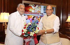 Hon'ble Home Minister of India, Shri Rajnath Singh ji, at his office. (ronaknigam) Tags: for election join leaders vote bjp gujrat 2018 purushottam rupala parshottam