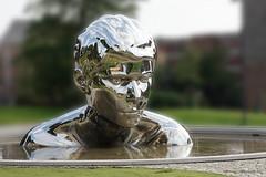 Statue - Olav den hellige (frode.vermedal) Tags: olavdenhellige statue shiny water bokeh