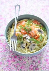 linguini with mushroom and smoked salmon :) (*steveH) Tags: pasta salmon food steveh