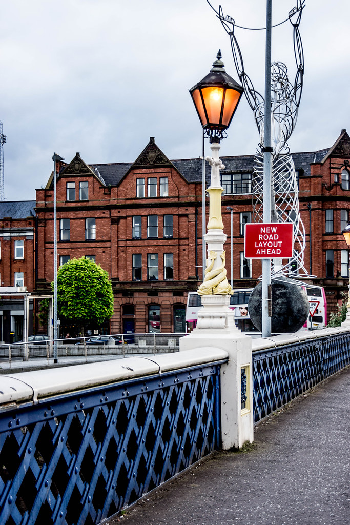 QUEEN'S BRIDGE JUST BEFORE NIGHTFALL [BELFAST] REF-104967