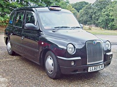 120 LTi TX4 Style Taxi (2011) (robertknight16) Tags: cab taxi british blackcab brooklands londontaxi lti coverntry tx4 worldcars 2010s geeley ll60vjk