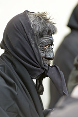 Battiledhos (Gattias)  - (Dei's Light) Tags: sardegna lula carnevale maschera folclore barbagia tradizione carrasegare ritidionisici battiledhos gattias