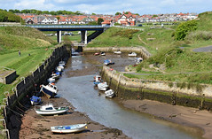 Low tide at Seaton Sluice (DavidWF2009) Tags: boats harbour northumberland lowtide seatonsluice