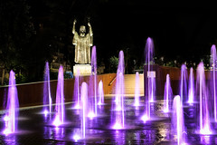 Let there be light (Yannis Raf) Tags: longexposure nightphotography fountain statue night canon dark lights nightlights purple canoneos70d
