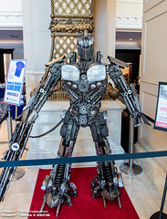 2016-07-24-SDCC-20 (Robert T Photography) Tags: roberttorres robertt robert roberttphotography serrota serrotatauren canon sandiego sandiegoconventioncenter sdcc sdcc2016 cci comicconinternational sandiegocomiccon sandiegocomiccon2016 cosplay transformers metalsculpture optimusprime