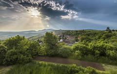 Sunrays (<-Y->) Tags: blue sun storm green castle sunshine clouds landscape spring plateau hills sunray 650d salgtarjn salg tokina116 tokina1116 ngrdcounty medvesplateau rnafalu