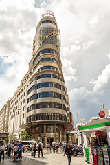 Plaza del Callao (João.Martins) Tags: madrid plaza old city sky clouds canon vintage square spain pub downtown advertisement espana 7d schweppes callao canon1022 plazadelcallao callaosquare
