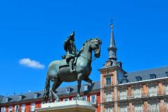 Plaza Mayor. (Varvara P.) Tags: madrid travel espaa art beauty spain explore es plazamayor