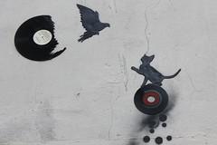 Kesa_4084 monte des Carmlites Lyon 01 [EXPLORED] (meuh1246) Tags: streetart chat lyon animaux oiseau kesa lacroixrousse explored inexplore lyon01 montedescarmlites
