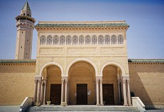 Monastir (sirio174 (anche su Lomography)) Tags: africa summer tunisia mosque moschea monastir