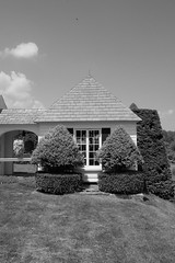 annex (masande) Tags: summer garden topiary lawn maryland oasis ladew outpost respite