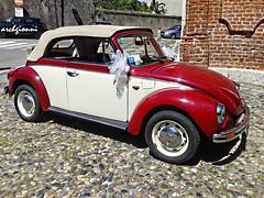 perfetta (archgionni) Tags: street red sun white cars wheel strada shadows stones ombre pietre sole rim rosso bianco marry tyres sposi maggiolino