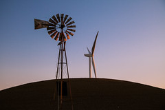 little lion (Matthew Almon Roth) Tags: new old sunset windmill evening wind windfarm renewable windpower renewableenergy