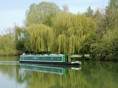 Houseboat Cruising (mikecogh) Tags: reflection still houseboat cruising calm willow oxford riverthames