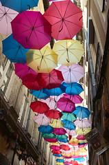 Pluie de parapluies (Phil_Heck) Tags: parapluie rue off festival avignon couleurs ruelle vaucluse provence ciel extrieur outside dcor fte umbrella