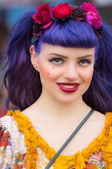 MeraLuna_2016 (15) (uwesacher) Tags: dornröschen musikfestival haarreif rosen tränen rüschen porträt personen paradiesvogel rot violett gelb pretty colourful