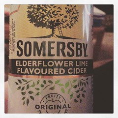 Found this little cider in BC but haven't seen it here at home yet!  Glad I bought two it's super good! #drinks #cider #somersby #sotasty (lscott_con) Tags: instagramapp square squareformat iphoneography uploaded:by=instagram reyes