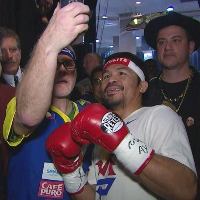 Jimmy Kimmel being awkward. 😆 we still love you Manny ✌️ #fightofthecentury #finally #maypac #mannypacquiao #floydmayweather #instacool #igaus #igusers #ignation #pinoy #filipino #pacman #jimmykimmel #teampacman #lasvegas #usa #boxing #welterwei