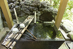 water_PBN4696 (pbnewton) Tags: bridge japan tokyo rainbow buddha great hasetemple yuigahamabeach kotokuintemple enoshimaisland odaibaisland nikond4 rhetoricru enodentrain pbnewton kamakurahighschool sasukeshrine kamakuracoast