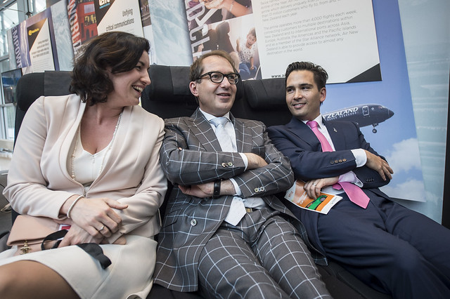 Dorothee Bär, Alexander Dubrindt and Simon Bridges on Air New Zealand's Skycouch