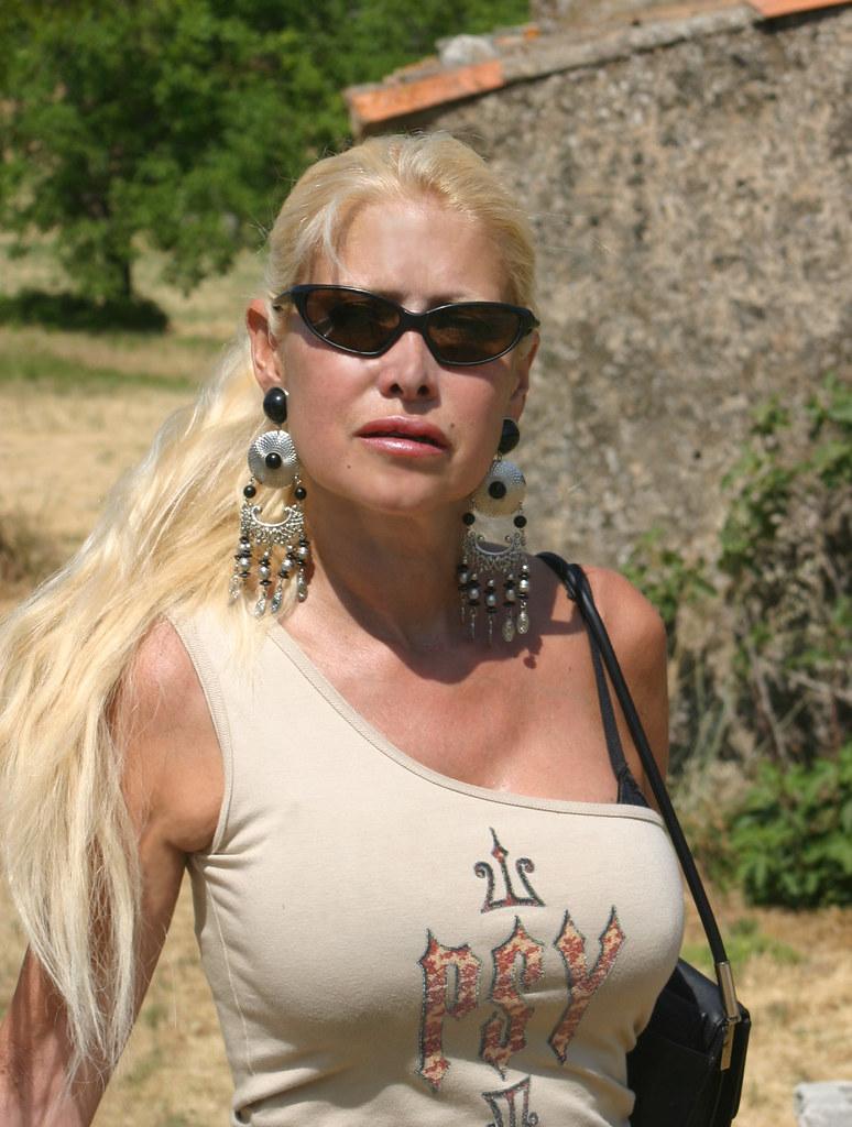 Bella Blond Nude Photos 44