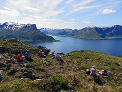 Todays hike (Mrs.Snowman) Tags: sun norway spring hiking hills westcoast fjords sunnmre gursky