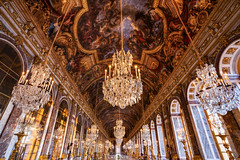 Grande Galerie des Glaces (thomaslaconis) Tags: sunset soleil hall amazing king empty paintings mirrors galerie queen versailles chateau peintures roi roisoleil chateaudeversailles miroirs