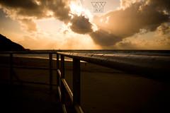 ZURRIOLA BEACH (lonewolf_studio) Tags: sunset sun sol beach atardecer surf waves playa arena sansebastian olas donostia gros gipuzkoa hondartza donostia2016
