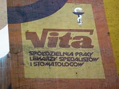 Wrocaw (isoglosse) Tags: sign poland polska schild polen sansserif wrocaw breslau znak kreska bowlofhygieia type:face=newzelek