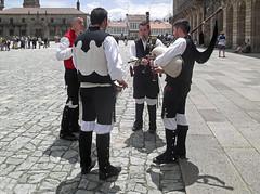 Traditional Galician Gaita Players (Dartmoor Mike) Tags: galicia gaita bagpipes praza do obradoiro santiago de compostela camino