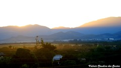 When the sun goes down - Quando o sol se pe (VCLS) Tags: light sunset pordosol brazil sky cloud sun mountain luz sol brasil landscape photo picture cu nuvem montanha valmir pindamonhangaba valedoparaiba vcls valmirclaudinodossantos