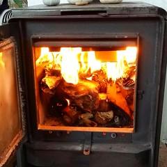 Chimenea (carocampalans) Tags: llama invierno fuego calor chimenea