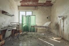 lichtkur (Nils Grudzielski) Tags: urban abandoned hospital lost cut decay leer room explore rotten exploration desolate krankenhaus verlassen klinik urbex abandonedplaces marode vergessen verfallen lostplaces
