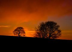 Houndkirk Sunrise (Peter Quinn1) Tags: sunrise dawn district sheffield peak easternmoors houndkirkmoor