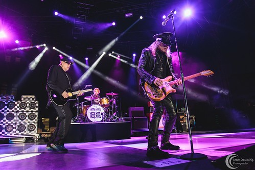 Awesome Biker Nights - Cheap Trick - June 18, 2016 - Hard Rock Hotel & Casino Sioux City