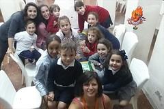 TallerDiadelaMadre18 (fallaarchiduque) Tags: carlos taller infantiles chiva falla merienda archiduque