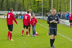 _IMG8141 (Henk de Regt) Tags: voetbal bal loenen kampioen loenermark lonapark voetbalwedstrijd loenermark2 kampioen2015