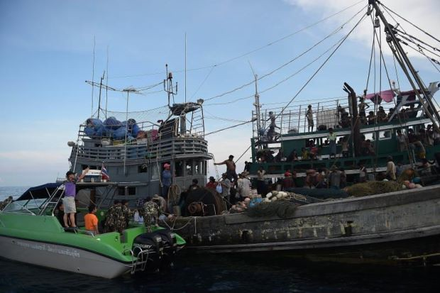 Kapal Pelarian Rohingya Diarah Belayar Ke Destinasi Lain - Read more