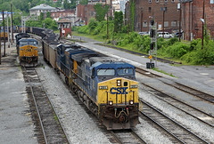 Downtown Grafton, West Virginia (jterry618) Tags: railroad engine westvirginia locomotive bo grafton willardhotel csxt diesellocomotive coaltrain geac4400cw csx291
